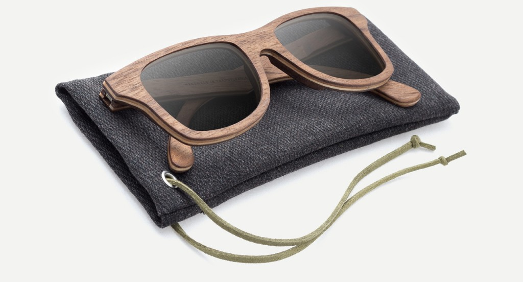 wood-sunglasses-lunet-walnut-cas-bag